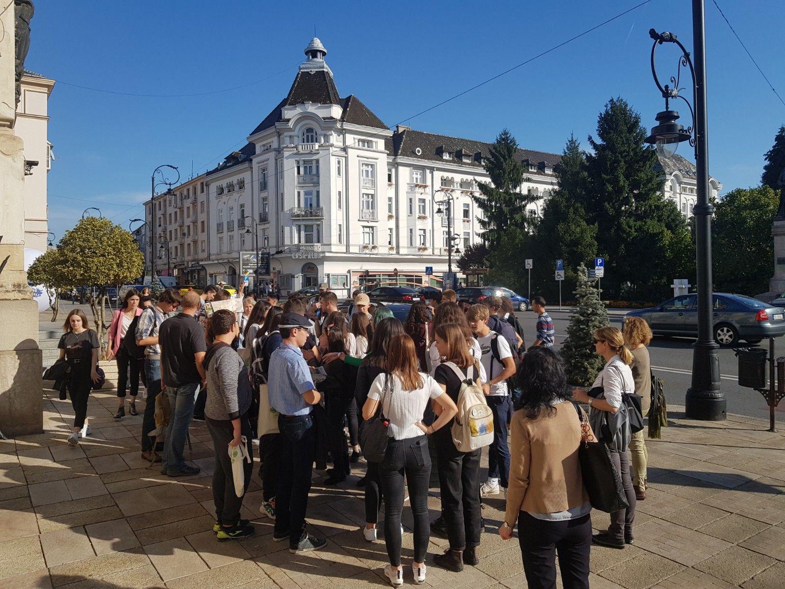 """Visite du centre-ville -Lancement du concours des selfies """"Découvrir une ville"""""""
